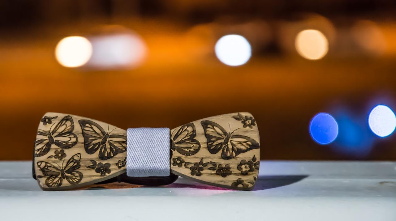 Pourquoi porter un nœud papillon en bois ?