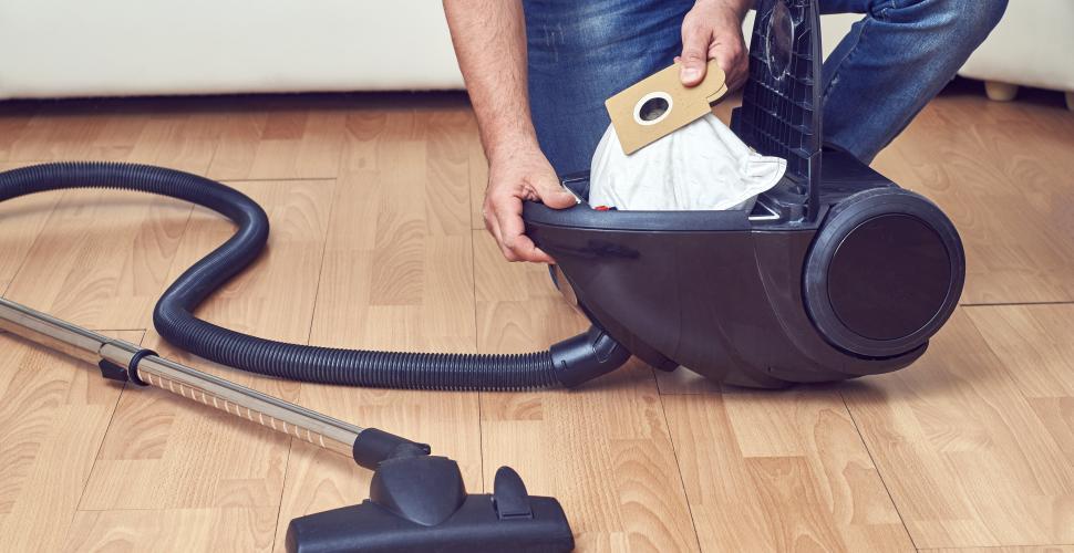 Comment laver un filtre d'aspirateur sans sac ?